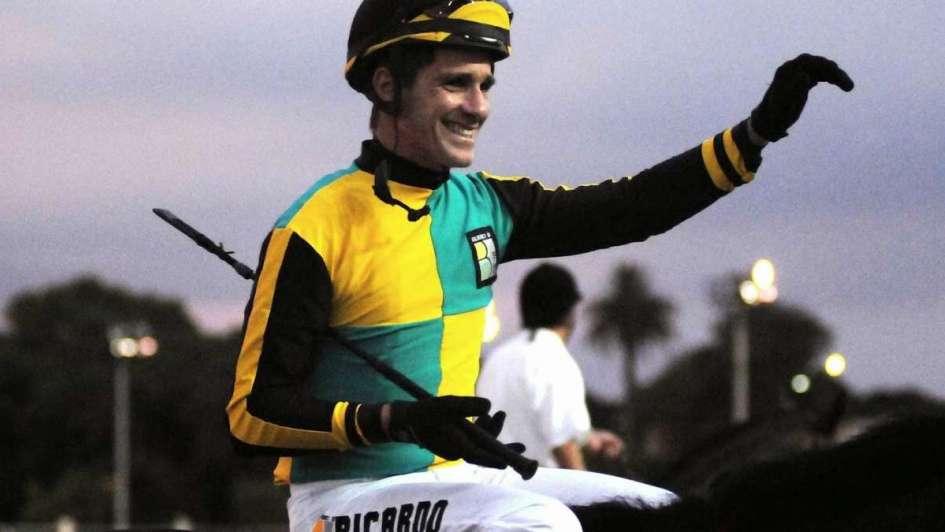 Στο Πάνθεον των αναβατών ο βραζιλιάνος Ρικάρντο με 12.846 νίκες (video)